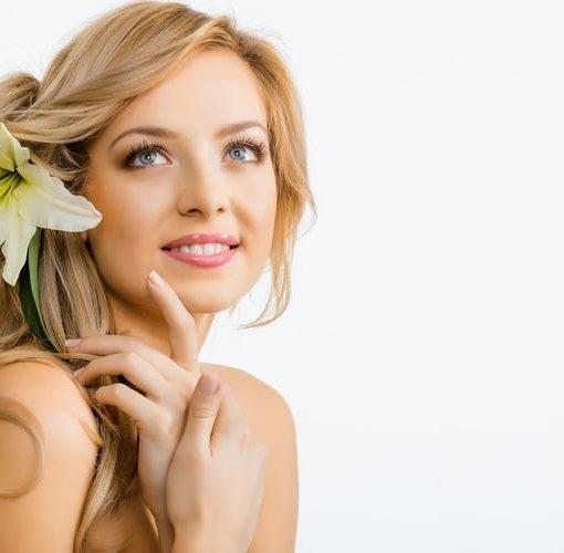 Восстановление и лечение поврежденных волос в салоне красоты Афродита. Ваши волосы вновь станут здоровыми, красивыми и ухоженными!